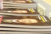 Frischgedruckter Geschäftsbericht 2012